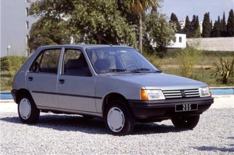 Peugeot_205