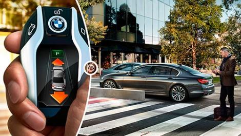 7-series-sedan-functionality-remote-parking-03.jpg.resource.1433347599336